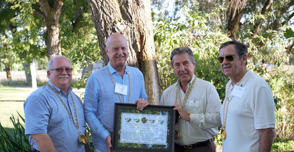 Allen Shoup receives the F.I.C.B. Diploma of Honor